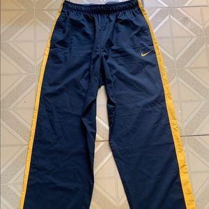 Nike Dri Fit Men's Sweatpants, gently worn size L